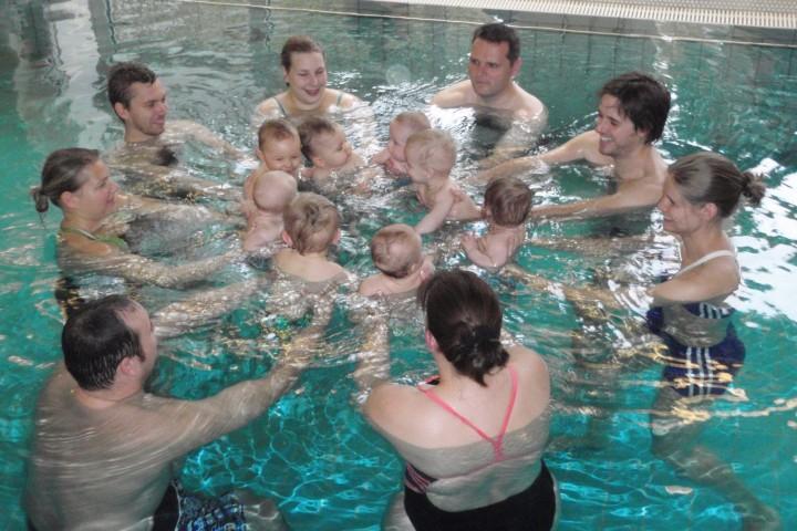 Schwimmspaß für Klein und Groß